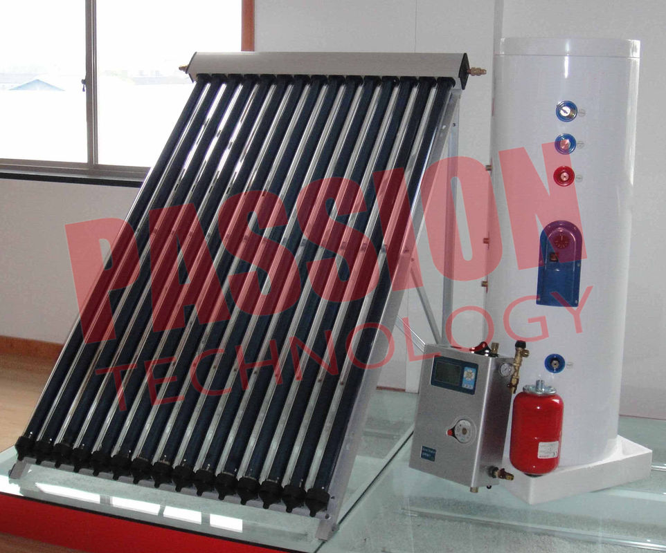 Professional White Split Solar Water Heater With Heat Pipe Solar Collector